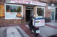 TRES REYES DONER KEBAB Y PIZZERIA FUENLABRADA