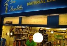 Don Bombilla, electricistas