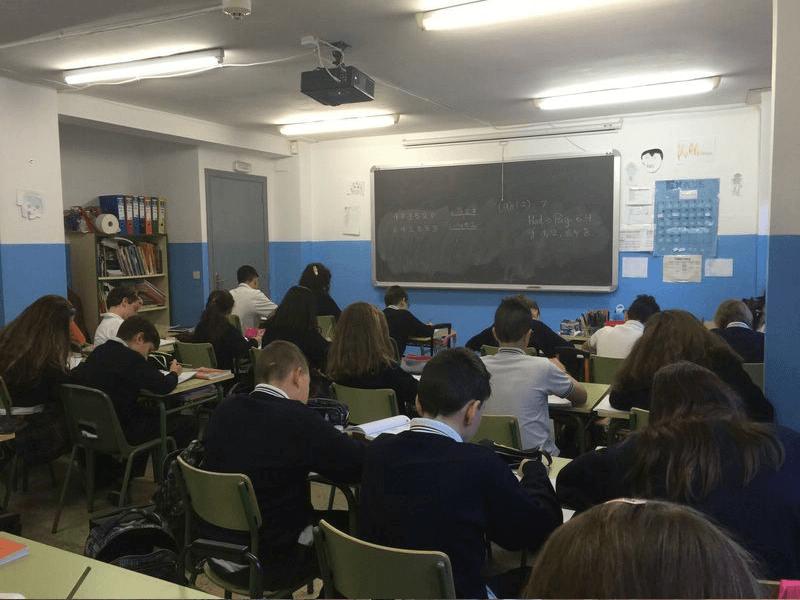 Colegio y Escuela Infantil Liceo Versalles comentarios